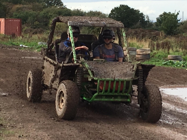 Standard Off Road Mud Buggy Experience (Age18+)